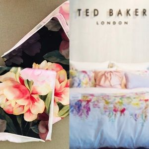 TED BAKER Large Floral Cotton PILLOWCASES (2)